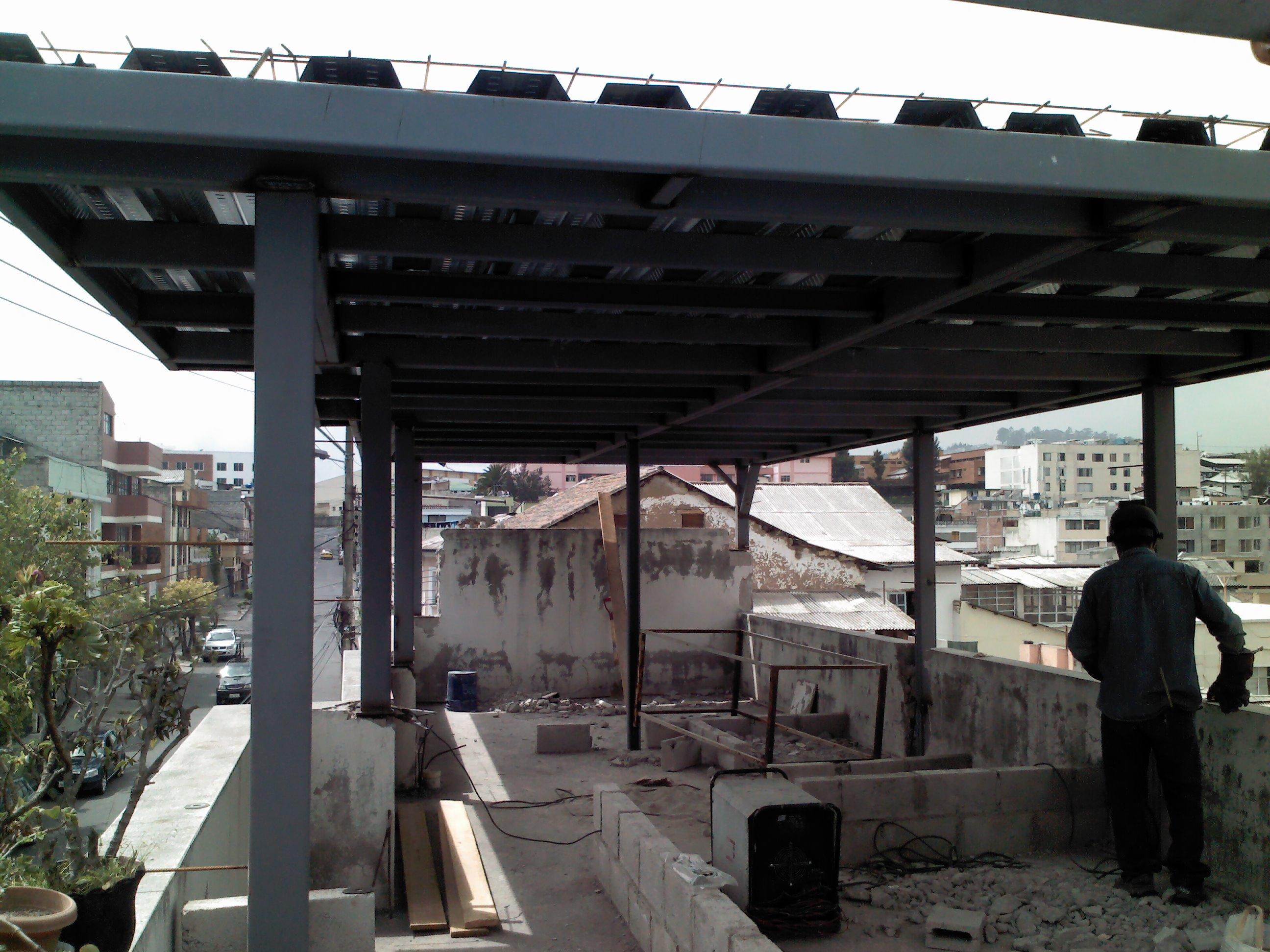 Estructura de hierro para techo